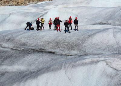islanda-ghiacciaio con ramponi